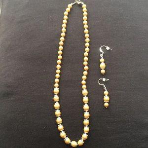 "Jewelry - New 10"" Faux Pearl Necklace & Earrings"